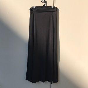 ♥️ Plain Black Maxi Skirt